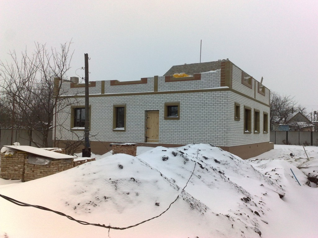 Как построить дом зимой