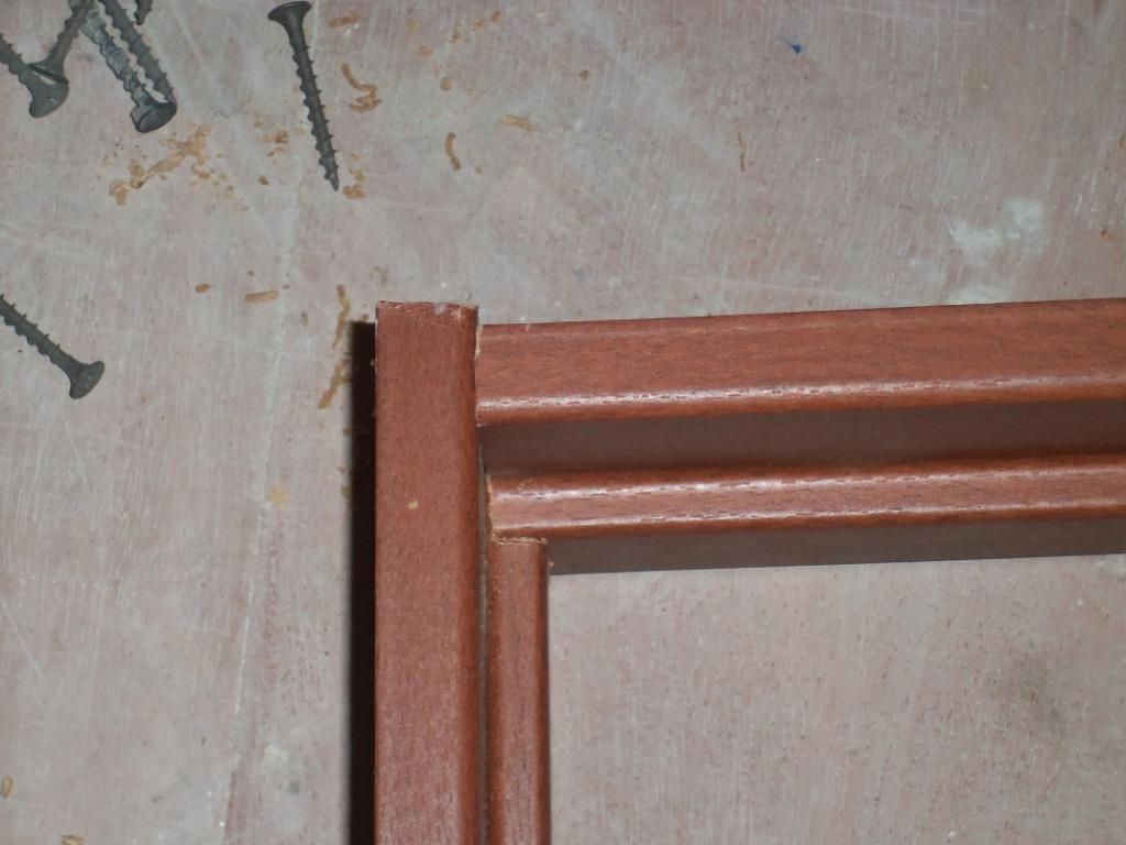 Саморезами диаметром 3,5×51 стягиваем коробку